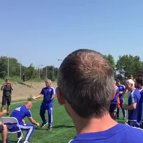 Vine by Chelsea FC - A quick practical joke before training! #CFCTour