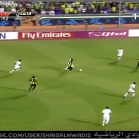 Vine by حسابي بتويتر @METAB_FCB - #محمد_نور ولقطة تاريخية وهو يقاتل على الكرة #الاتحاد