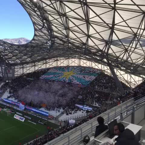 Vine by Olympique Marseille - Incroyable ambiance ! ALLEZ LOM ! #OMLOSC