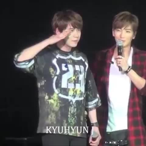 Vine by YUKA - マカオ公演なのに『はい〜…』って日本語でお返事しちゃったキュヒョンさんwwwwwwwwwwww (cr.kyuhyun J) #superjunior