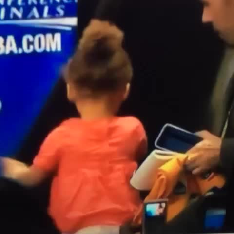 Vine by Rob Perez - DEAD. Riley Curry makes Oracle Arena employee hold her gum before playing peek-a-boo under curtain 💀💀💀