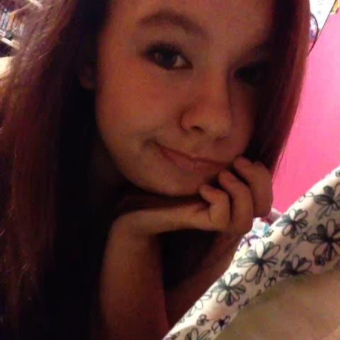 Watch Katie Bombardieri39s Vine QuotJust Loving My New Hair Haha Newhai