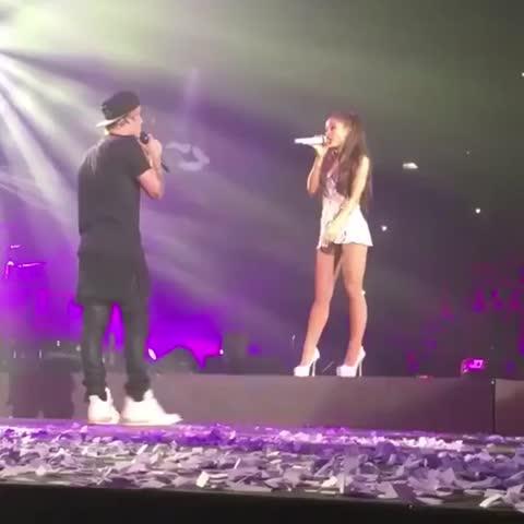 Vine by Team Justin Bieber - Justins touching Arianas legs Im screaming