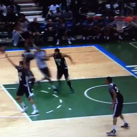 Jabari flies in for the baseline slam. Meanwhile, Bucks fans everywhere giggle excitedly. - Vine by BrewHoop - Jabari flies in for the baseline slam. Meanwhile, Bucks fans everywhere giggle excitedly.