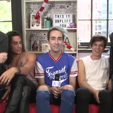 Vine by thisisamplify - Couch chat