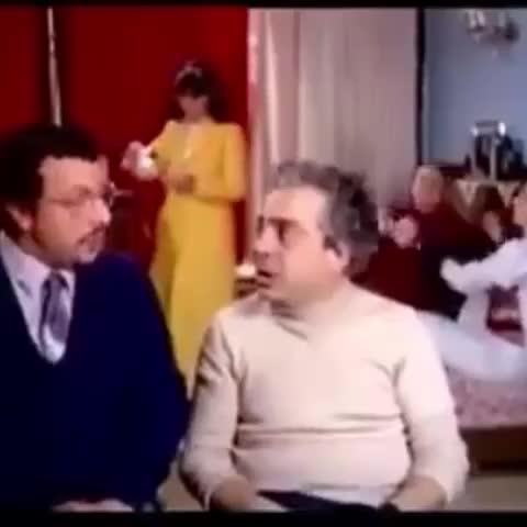 Meryem Esens post on Vine - Vine by Meryem Esen - Yıl 1983! Fener yine aynı Fener! Şikeye aynı şekilde devam ediyorlar!