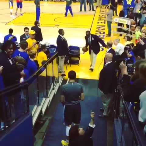 Vine by warriors - .@stephencurry30 is ???? in.