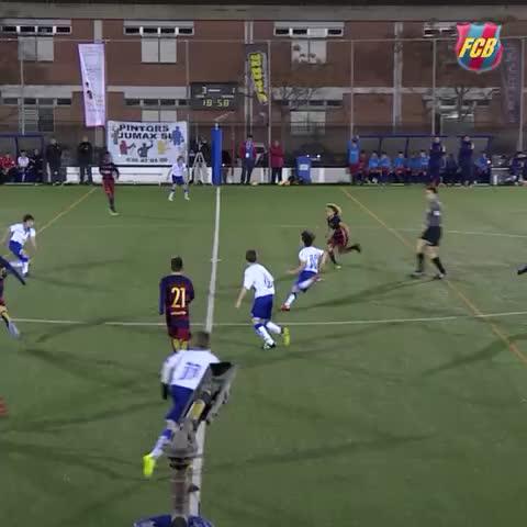 Barcelona's 'new Xavi': Plays like Messi, looks like Carlos Valderrama