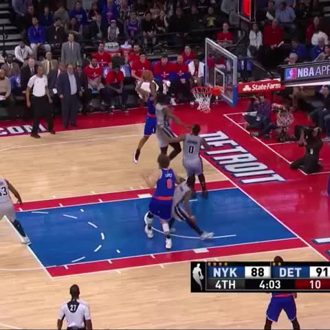 Vine by Bleacher Report - Galloway with the fake and finish!