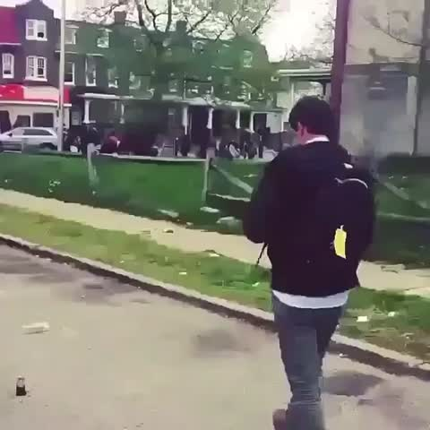 Vine by Salemh17 - KNOCKED OUT CNN REPORTER FOR WHAT?!?! #prayforbaltimore #baltimore