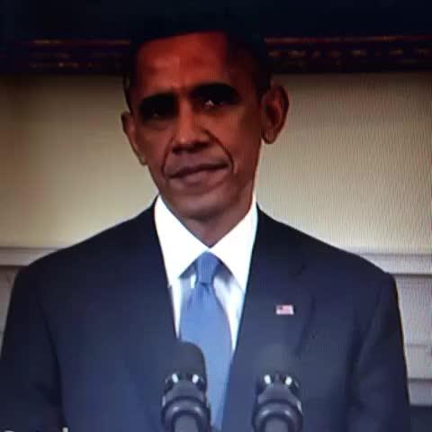 Señor presidente, qué hacemos con #Toros y #Licey ? > - Vine by Enrore1809@gmail.com - Señor presidente, qué hacemos con #Toros y #Licey ? >