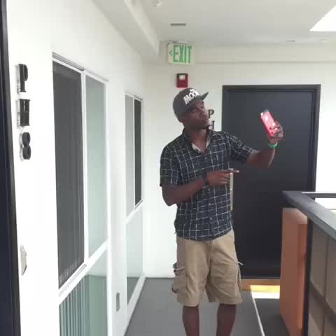 Vine by Darius Benson - Cant even have your shoes in a picture anymore... (IB Nathan Zed)