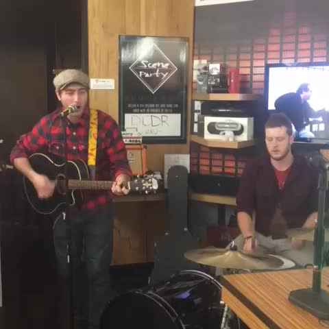 Vine by Jacob Wake Up! - #Boston locals @dcdrband peforms at @soundlionstores in #harvardsquare