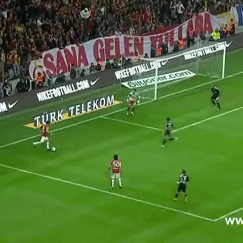 Vine by Ali Saltık - #elmander #Galatasaray #besiktas #bestsoccergoals #bestgoals #BestSkills 💛❤️