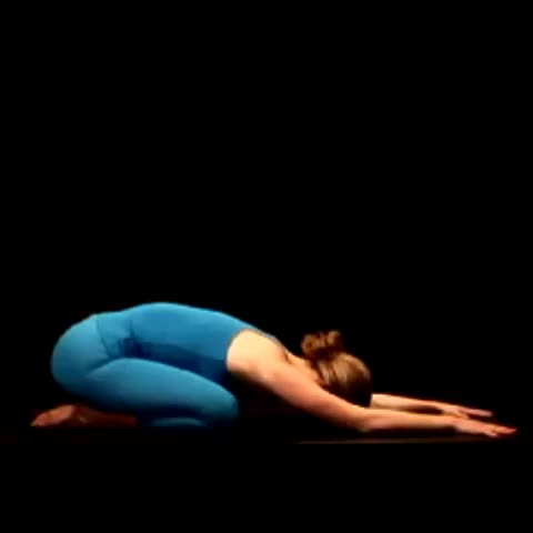 Vine by @911Well - Stressed? Practice Child Pose 3 x 10 Minutes / Daily .. Deep .. Slow Breathing #yoga #mindfulness #meditation #Vine