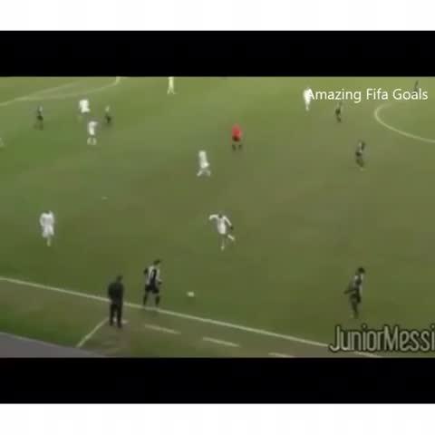 Vine by Amazing Fifa Goals - Bales insane roulette 😵