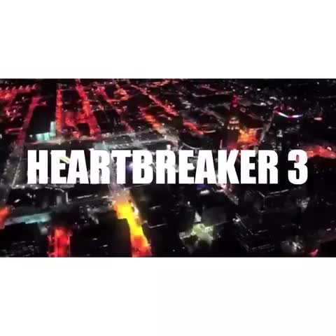 Vine by MarksMyBarber - #HEARTBREAKER3 WILL BE HELD EXCLUSIVELY @ THE CBE (1407 GRAND) INSIDE THE SPRINT CENTER 😳 🙌 💔 FEBRUARY 14TH 2015 💔