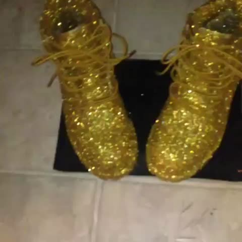 Vine by Nike Mikey Customs - Glitter finished gold timberland boots | $100 hit me up to get yours done . DM OR KIK ME NOW 💛✨✨✨✨