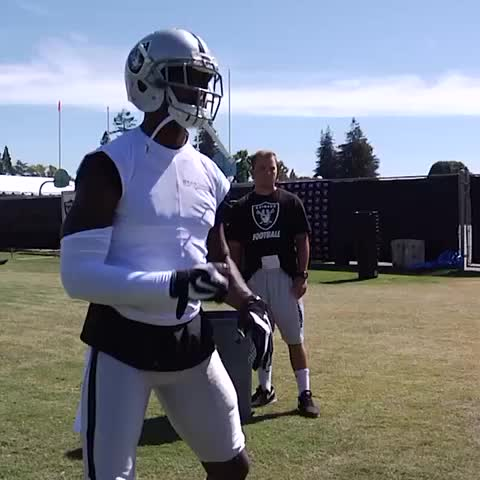 Vine by OAKLAND RAIDERS - @CWoodsonF puts in some extra work. #RaidersCamp15