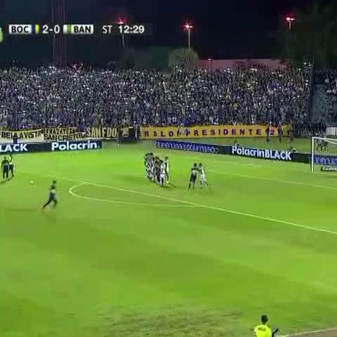 Vine by Boca Juniors - Mirá el gol de #Tevez de tiro libre para el 3-0.