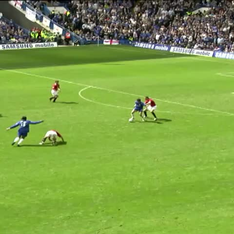 Vine by Chelsea FC - Joe Coles superb individual goal for #Chelsea in a 3-0 win over Man Utd at Stamford Bridge to secure the #PremierLeague title in 2006… #CFC