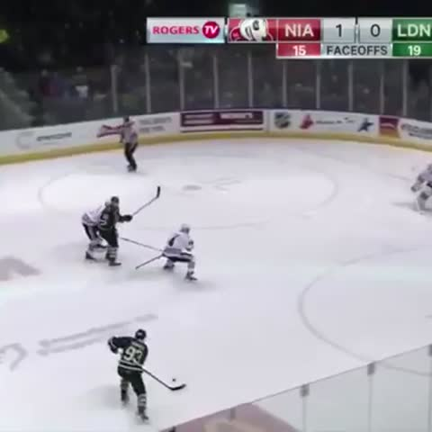Vine by Hockey CentraI - Mitch Marner what a goal 😱🔥