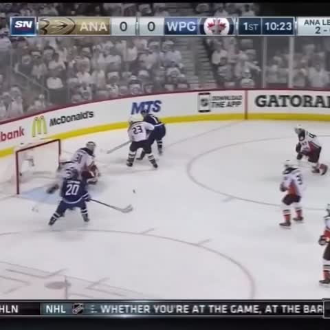 Vine by Pete Blackburn - First goal in Winnipeg. Place basically exploded.