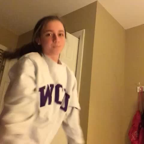 Vine by carly - my reaction 24/7 #5hdanceparty