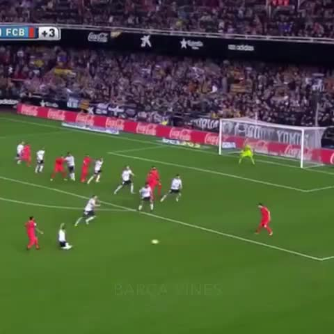 Vine by Barça Vines - Sergio Busquets scores a goal in the 94th minute to make it 1-0 and beat Valencia! #Barcelona #barcelonavines #Barça #BarcaVines #valencia