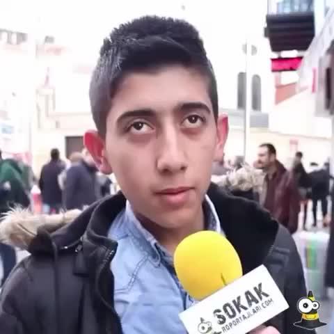 Vine by SokakRoportajlari.com - Çılgın bir mucit olsanız ne keşfetmek isterdiniz? #sokakroportajlari #turkiye  #ucak #fail