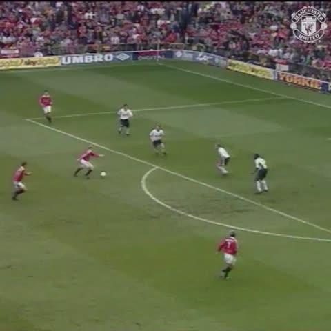Vine by Manchester United - #MUFC7: David Beckham