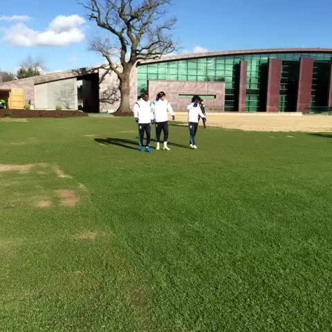 Vine by Chelsea FC - Ramires, Diego Costa and Willian walking out to training... #CFC #ChelseaFC