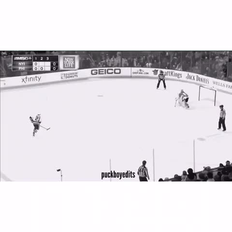 Vine by puckboy✘edits - what a nasty toe-drag by okposo last night😍🔥 let us know if youd like to see more highlights in the future and any requests you may have!