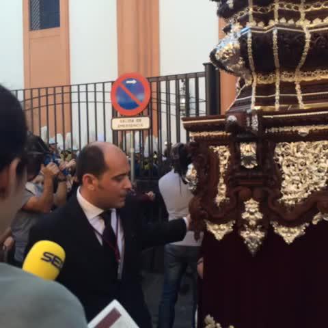Vine by Pasión en Sevilla - Sale el misterio de @doloresdelcerro #SSantaSevABC