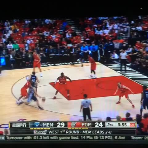 Vine by Beale Street Bears - Koufos with the poster! #nbaplayoffs #GoGrizz