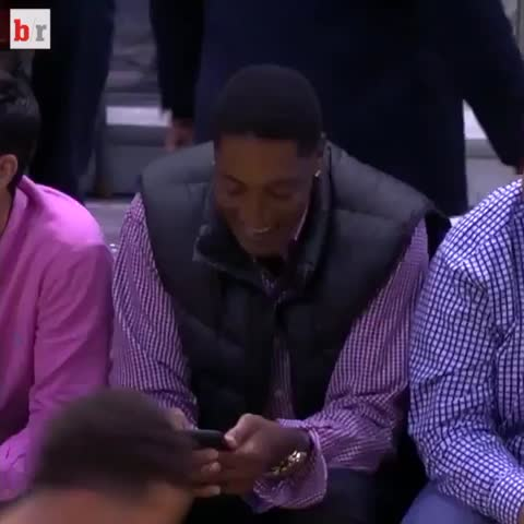 Vine by Bleacher Report - Bulls fans texting their haters