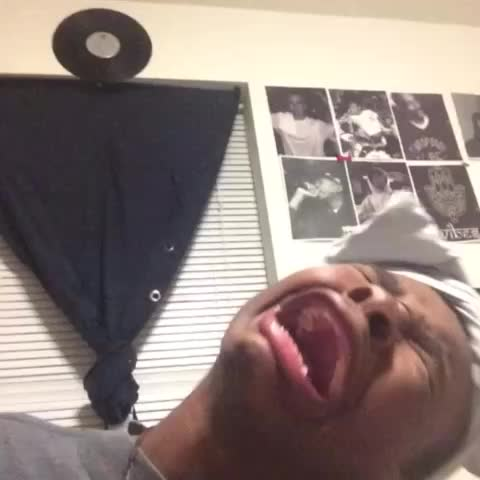 JAY VERSACEs post on Vine - Vine by JAY VERSACE - This that song tho 😭😭😭