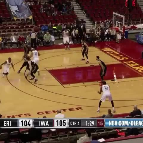 Vine by Nbadleague - Russ Smith drops a Russdiculous dime for the Iowa Energy! Memphis Grizzlies