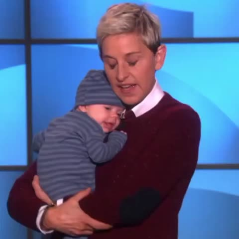 Everyone's a comedian. - Vine by Ellen DeGeneres - Everyone's a comedian.