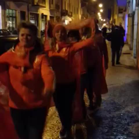 Het Oranjelegioen is overal! Ook bij #ItaNed! #Oranjeleeuwinnen - OnsOranjes post on Vine