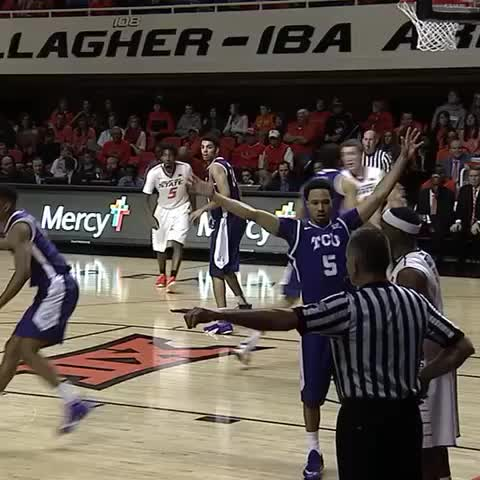 Vine by Oklahoma State Athletics - Another look at the lob to Nash. #okstate