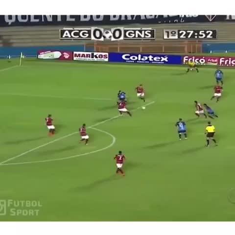 Vine by Top Soccer Skills™ - The perfect goal💯 #GOALAZO (Shoutout to FutbolSport)