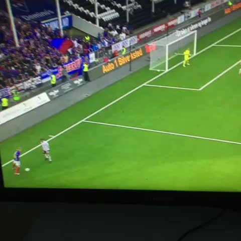 Vine by NorwayStats - Look at this goal. Wow.