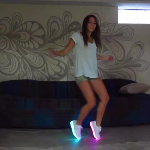 Like a G6 #Glow - Vine by Amymarie Gaertner  - Like a G6 #Glow