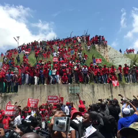 """Vine by Neo Motloung - EFF """"pay back the money"""" the situation got out control when EFF and DA met #sabcnews"""