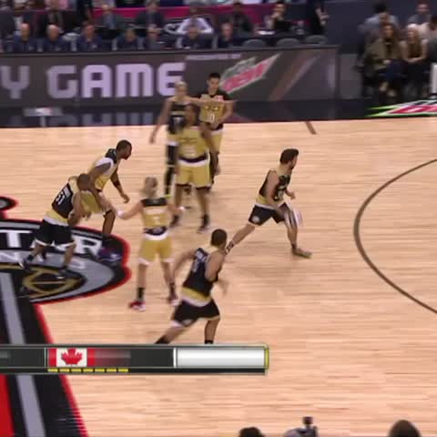 Vine by The NBA on ESPN - Jason Sudeikis has RANGE!