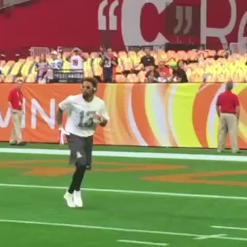 Odell Beckham Jr is just ridiculous - Vine by NFL on ESPN - Odell Beckham Jr is just ridiculous
