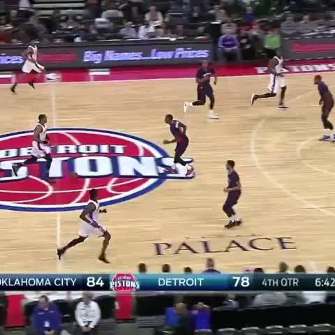 Vine by BattlesNBA - Russell Westbrook!