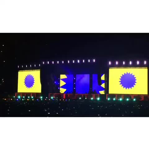There is a new addition in the intro video #OTRABuffalo - Vine by 1Dxclusive Clips - There is a new addition in the intro video #OTRABuffalo