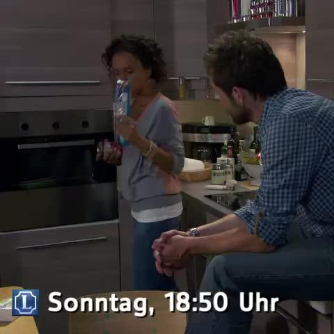 "#KlareAnsage: #Lindenstrasse Folge 1509 ""Das Glück der Anderen"" am kommenden Sonntag 30. November um 18:50 Uhr im @DaErste #ARD #Vine - Lindenstrasses post on Vine"